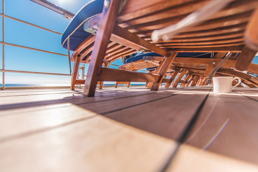 How to save money on cruises